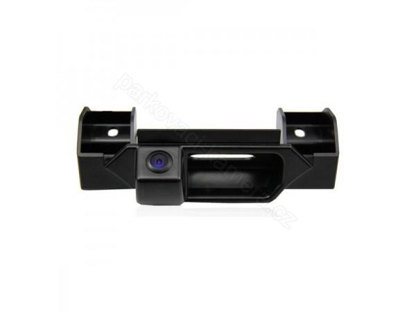 Couvací kamera Fiat Sedici v rukojeti kufru. 2006, 2007, 2008, 2009, 2010, 2011, 2012, 2013