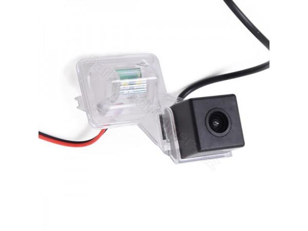 Suzuki couvací kamera - model 4